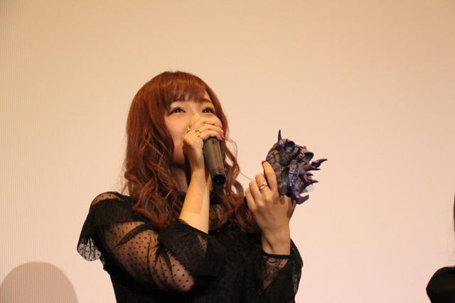 怪獣娘(黒)~ウルトラ怪獣擬人化計画~